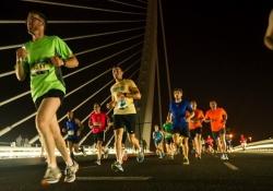 Recomendaciones para disfrutar la 15K Nocturna corriendo o animando