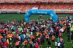 Corre la I Volta a Peu Fundación Valencia CF y termina en el corazón del valencianismo