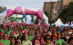 Valencia se tiñe de rosa para luchar contra el cáncer